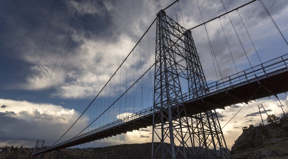 royal-gorg-bridge